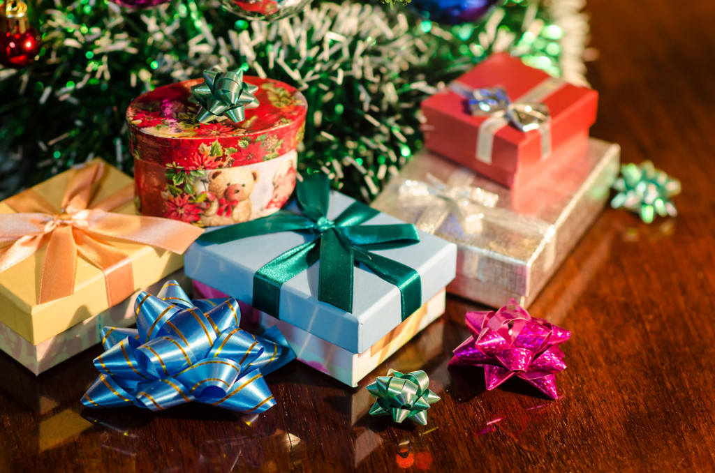 Gift Giving Guide for Students on a Budget